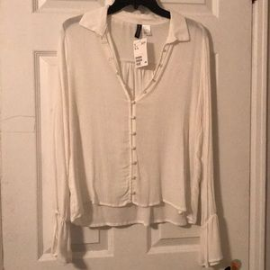 White blouse NWT Divided Brand